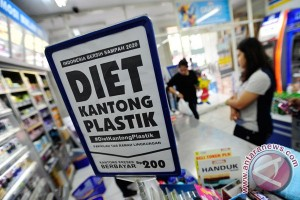 Pemerintah klaim penggunaan kantong plastik berkurang hingga 82 persen