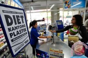 KLHK: Penggunaan kantong plastik berkurang
