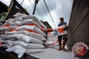 Mulai 2017, bantuan beras di Yogyakarta dibayar nontunai