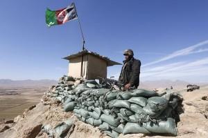 Taliban tewaskan 12 polisi dengan senjata berperendam suara