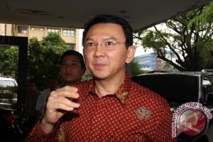 Ahok bantah akan batasi motor di Sudirman-Senayan