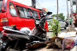 Polsek Tambun tangani kasus kecelakaan sepeda motor