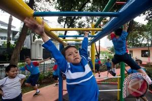 Ahok resmikan dua RPTRA di Jakarta Selatan