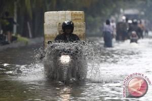 Banjir dan longsor menimpa beberapa sudut Kota Bogor