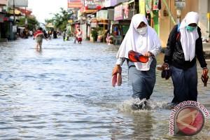 Situ Gede di Bogor meluap, 30 rumah terendam