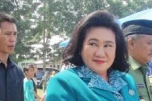 Anggota DPR pantau pasar murah di Kendari