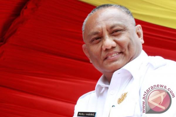 Gubernur Gorontalo restui istri jadi Caleg DPR-RI