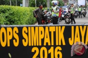 Polda: kesadaran masyarakat untuk berkendara aman masih rendah