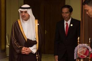 KTT OKI - Presiden bahas haji dengan Menlu Arab Saudi