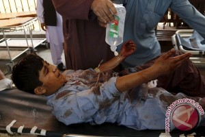 Bom bunuh diri tewaskan setidaknya delapan orang di Pakistan
