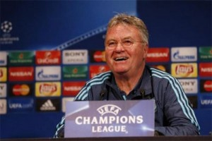 Tottenham akan bermain gugup akibat tekanan, kata Hiddink