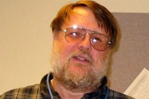 Ray Tomlinson penemu email tutup usia