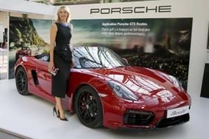 Porsche tangguhkan sponsor Maria Sharapova terkait doping