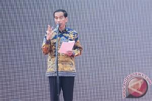 "Presiden Jokowi minta ""dwelling time"" ditekan lagi"