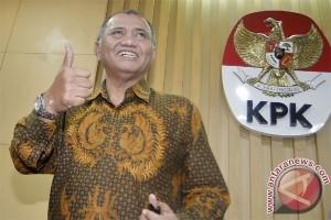 KPK minta Polri hadirkan empat polisi ajudan Nurhadi