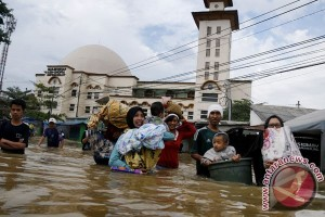 Bandung floods considered worst in 10 years