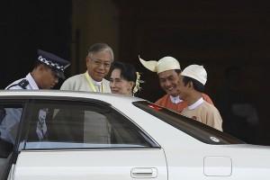 Parlemen Myanmar pilih kepercayaan Suu Kyi jadi presiden