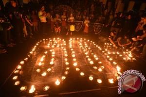 """""""Earth Hour"""" di Malang soroti sampah"""