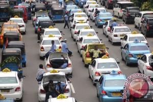 Sebuah taksi Jakarta segera luncurkan teknologi aplikasi terbaru
