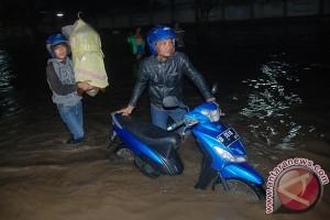Banjir bandang terjang Majalaya Bandung