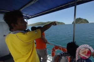 Penguat sinyal peringatan tsunami Pesisir Selatan hilang