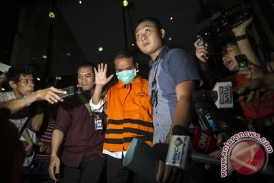 Panitera PN Jakpus didakwa terima suap dari Preskom Lippo