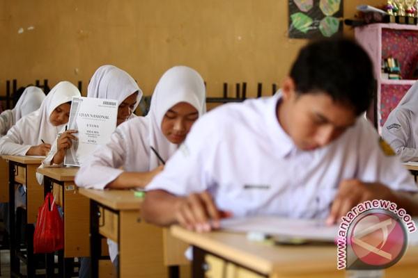 Jumlah peserta UN SMP Rejanglebong 4.153 siswa