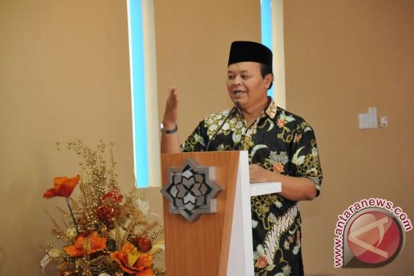 Permalink to Hidayat Nur Wahid apresiasi pertemuan Presiden dengan GNPF-MUI