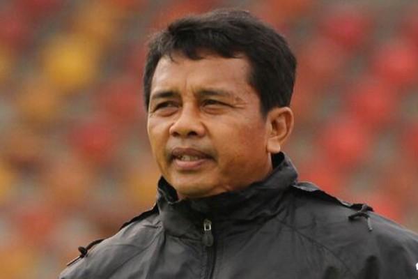 Persipura sudahi kontrak pelatih Jafri Sastra