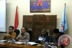 Pengamat sarankan Ani Yudhoyono jadi pesaing Ahok
