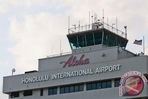 Penumpang ingin yoga, pesawat balik arah ke Hawaii