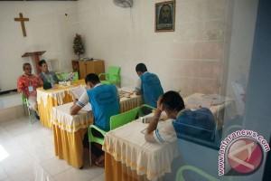 37 narapidana LP Bukit Semut ikut UN 2016