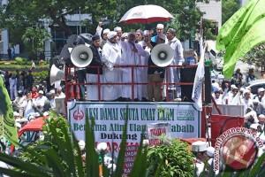 FPI Unjuk Rasa Di KPK