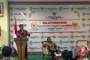 Kurangi pekerja ilegal, KJRI Kuching gelar penghargaan TKI
