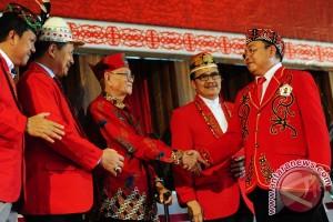 Pelantikan Masyarakat Adat Dayak Nasional