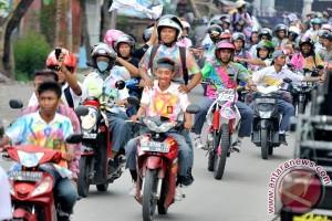 Pelajar di bawah umur gunakan motor disanksi tidak naik kelas