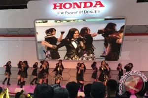 JKT48 sambut 4 mobil baru Honda di IIMS 2016