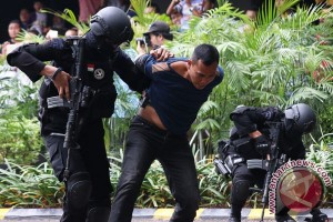 Police officer in Medan attacked and killed  by terrorists?