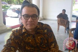 Tantowi prihatin WNA bisa masuk Indonesia tanpa paspor