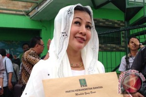"""Wanita Emas"" ke Rumah Lembang, puji hasil kerja Ahok di Jakarta"
