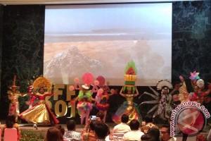 """150 peserta ramaikan """"The Caruban Carnival 2016"""""""