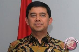 Menpan pastikan bidan PTT akan diangkat CPNS