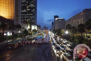 Ahok: trotoar sepanjang Jalan Sudirman-Thamrin akan dilebarkan