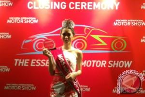 Estherlita, Miss IIMS 2016 yang tak bisa nyetir
