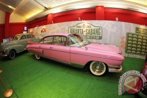 Mobil Klasik Di IIMS