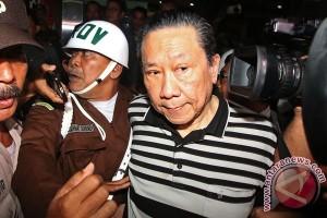 Buronan BLBI Samadikun Hartono tiba di Bandara Halim