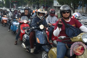 Komunitas scooter Kutu Bandung rayakan ulang tahun