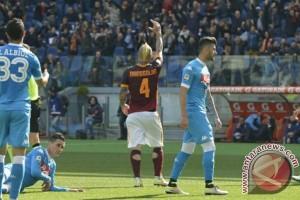 Nainggolan antar Roma benam asa Napoli tunda pesta Juventus