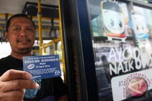 Bekasi berbagi lintasan mobil untuk jalur Transjakarta