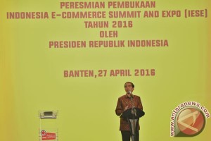 Pembukaan Indonesia E-Commerse Summit & Expo